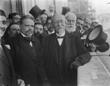Proclamação do primeiro Presidente da República, Manuel de Arriaga, na varanda do Palácio de S. Bento, após a sua eleição.